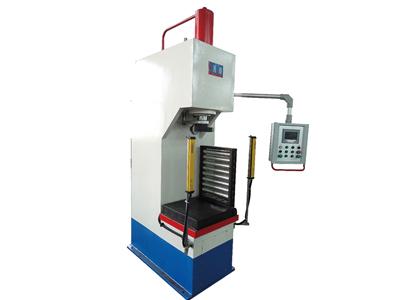 自动化液压机