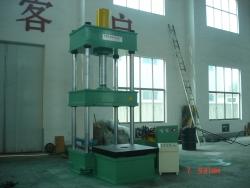 四柱移动工作台定子压装机