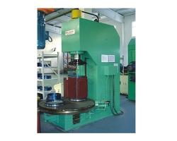 定子转盘式压桩液压机